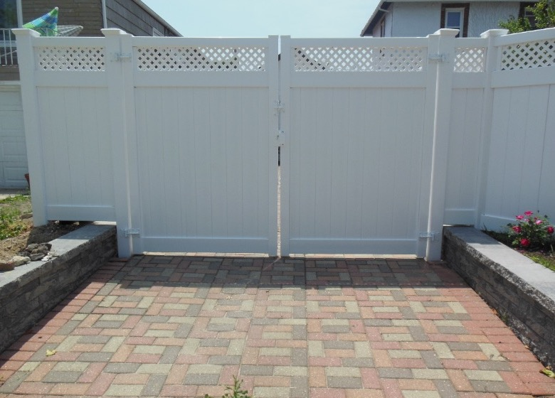 pvc fence installations
